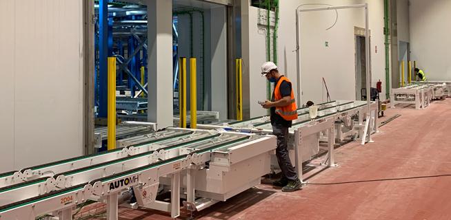 Automatic warehouse installation