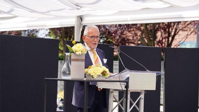 immagine discorso del presidente togni all'inaugurazione della nuova sede automha
